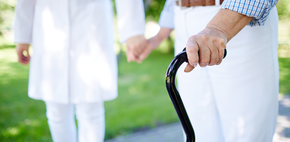 Quedas: como evitar acidentes com idosos